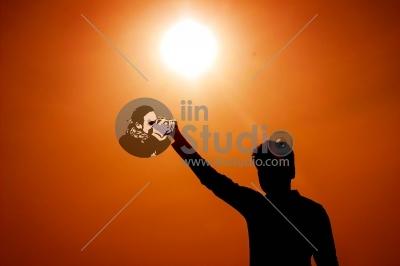 Sun in Hands...