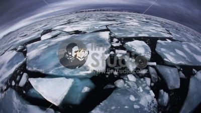 025rAnna-Henly-UK-Ice-matters