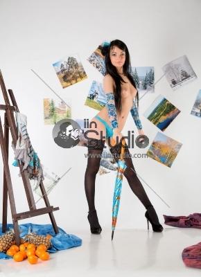Nude Katie with Umbrella